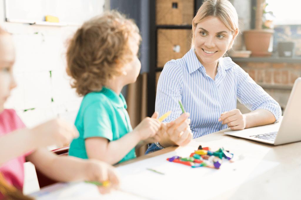 Entenda a importância de terapia para crianças