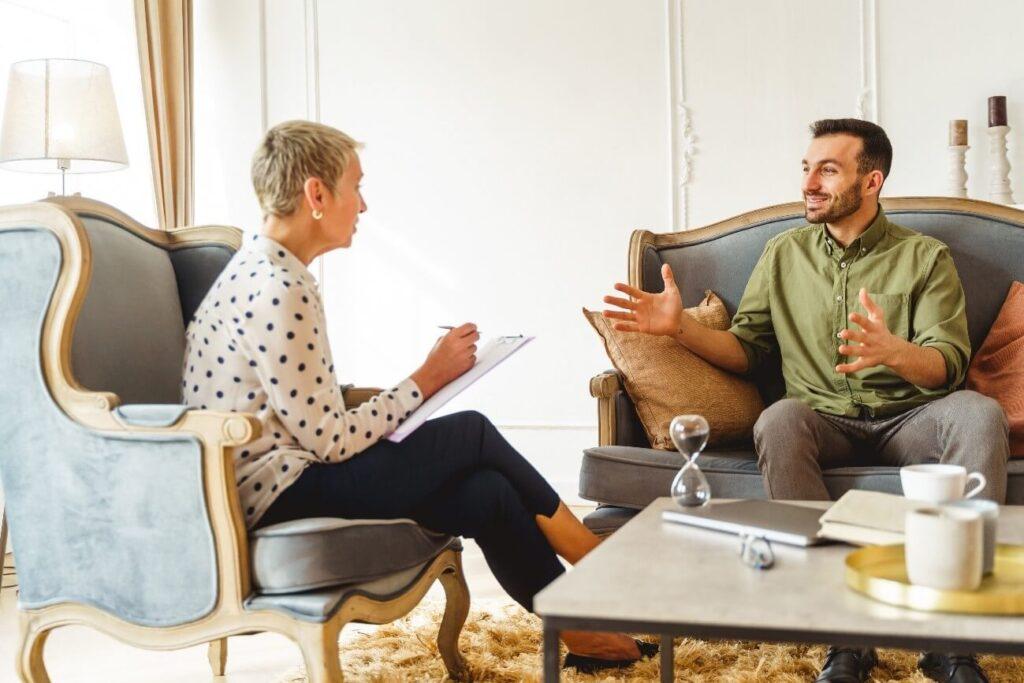 credenciamento de psicólogos em convênio - homem na terapia